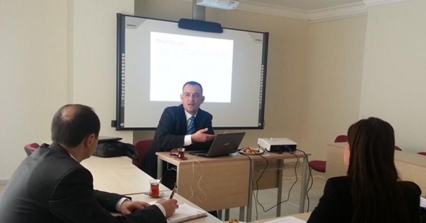 """Adana Bilim ve Teknoloji Üniversitesi """"Türkçe Öğretimi Merkezlerinde Kurumsal Yapılanma"""" konulu bir seminer"""